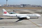 tamitanさんが、羽田空港で撮影した日本航空 777-346/ERの航空フォト(写真)