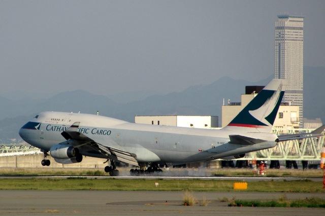 山河 彩さんが、関西国際空港で撮影したキャセイパシフィック航空 747-467(BCF)の航空フォト(飛行機 写真・画像)