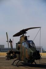 さんたまるたさんが、名古屋飛行場で撮影した陸上自衛隊 AH-1Sの航空フォト(写真)