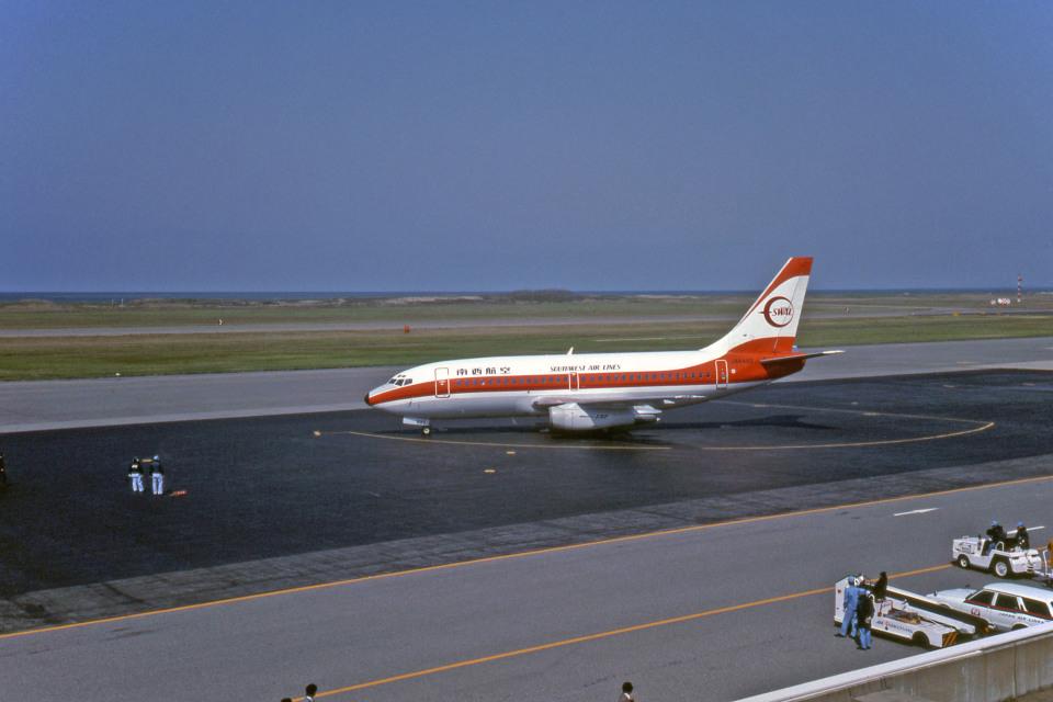 Gambardierさんの南西航空 Boeing 737-200 (JA8492) 航空フォト