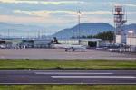 FRTさんが、高松空港で撮影したエアロラボ YS-11A-212の航空フォト(飛行機 写真・画像)
