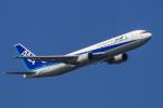 mameshibaさんが、羽田空港で撮影した全日空 767-381の航空フォト(写真)