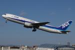 つみネコ♯2さんが、伊丹空港で撮影した全日空 767-381の航空フォト(写真)