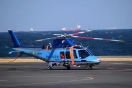 Mizuki24さんが、横浜ヘリポートで撮影した神奈川県警察 AW109SPの航空フォト(飛行機 写真・画像)