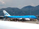 今ちゃんさんが、香港国際空港で撮影したKLMオランダ航空 747-406Mの航空フォト(写真)
