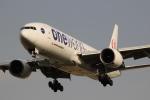 uhfxさんが、伊丹空港で撮影した日本航空 777-246の航空フォト(飛行機 写真・画像)