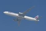 cornicheさんが、ドーハ・ハマド国際空港で撮影したカタール航空 777-3DZ/ERの航空フォト(飛行機 写真・画像)