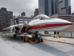 航空研究家さんが、ニューアーク・リバティー国際空港で撮影したノースロップ・グラマン F-14 Tomcatの航空フォト(写真)