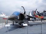 F-104J 栄光さんが、ニューアーク・リバティー国際空港で撮影したアメリカ海兵隊 AV-8C Harrierの航空フォト(写真)