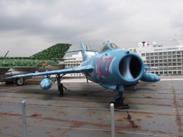 航空研究家さんが、ニューアーク・リバティー国際空港で撮影した不明 MiG-17の航空フォト(飛行機 写真・画像)