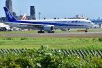 南国の防人さんが、成田国際空港で撮影した全日空 777-381/ERの航空フォト(写真)