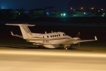 E-75さんが、函館空港で撮影したエア・サービス・リエージュ 200 Super King Airの航空フォト(写真)