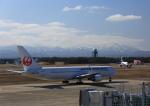 タミーさんが、小松空港で撮影した日本航空 767-346の航空フォト(写真)