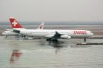 delawakaさんが、上海浦東国際空港で撮影したスイスインターナショナルエアラインズ A340-313Xの航空フォト(飛行機 写真・画像)