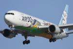 nob24kenさんが、新千歳空港で撮影したAIR DO 767-381の航空フォト(写真)