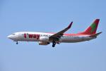 mojioさんが、成田国際空港で撮影したティーウェイ航空 737-86Nの航空フォト(写真)