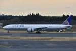 よしポンさんが、成田国際空港で撮影したユナイテッド航空 777-322/ERの航空フォト(写真)
