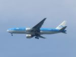 White Pelicanさんが、成田国際空港で撮影したKLMオランダ航空 777-206/ERの航空フォト(写真)