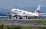 mild lifeさんが、伊丹空港で撮影した日本航空 767-346/ERの航空フォト(写真)