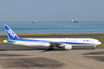 panchiさんが、羽田空港で撮影した全日空 777-381の航空フォト(写真)