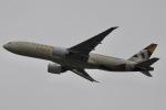 眠たいさんが、関西国際空港で撮影したエティハド航空 777-FFXの航空フォト(写真)