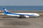 krozさんが、羽田空港で撮影した全日空 777-281/ERの航空フォト(写真)
