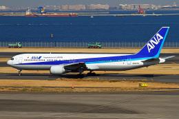 りんたろうさんが、羽田空港で撮影した全日空 767-381の航空フォト(飛行機 写真・画像)