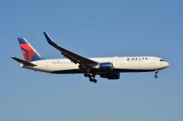LEGACY747さんが、成田国際空港で撮影したデルタ航空 767-324/ERの航空フォト(写真)