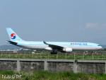 PoYi Tingさんが、台湾桃園国際空港で撮影した大韓航空 A330-322の航空フォト(写真)