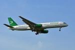 flytaka78さんが、ロンドン・ヒースロー空港で撮影したトルクメニスタン航空 757-22Kの航空フォト(写真)