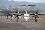 つっさんさんが、伊丹空港で撮影したANAウイングス DHC-8-402Q Dash 8の航空フォト(写真)