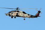 うめやしきさんが、厚木飛行場で撮影したアメリカ海軍 MH-60R Seahawk (S-70B)の航空フォト(飛行機 写真・画像)