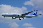 HISAHIさんが、那覇空港で撮影した全日空 777-381の航空フォト(写真)