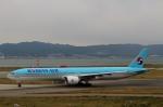 ハピネスさんが、関西国際空港で撮影した大韓航空 777-3B5/ERの航空フォト(写真)
