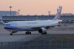 いっとくさんが、関西国際空港で撮影したチャイナエアライン A330-302の航空フォト(写真)