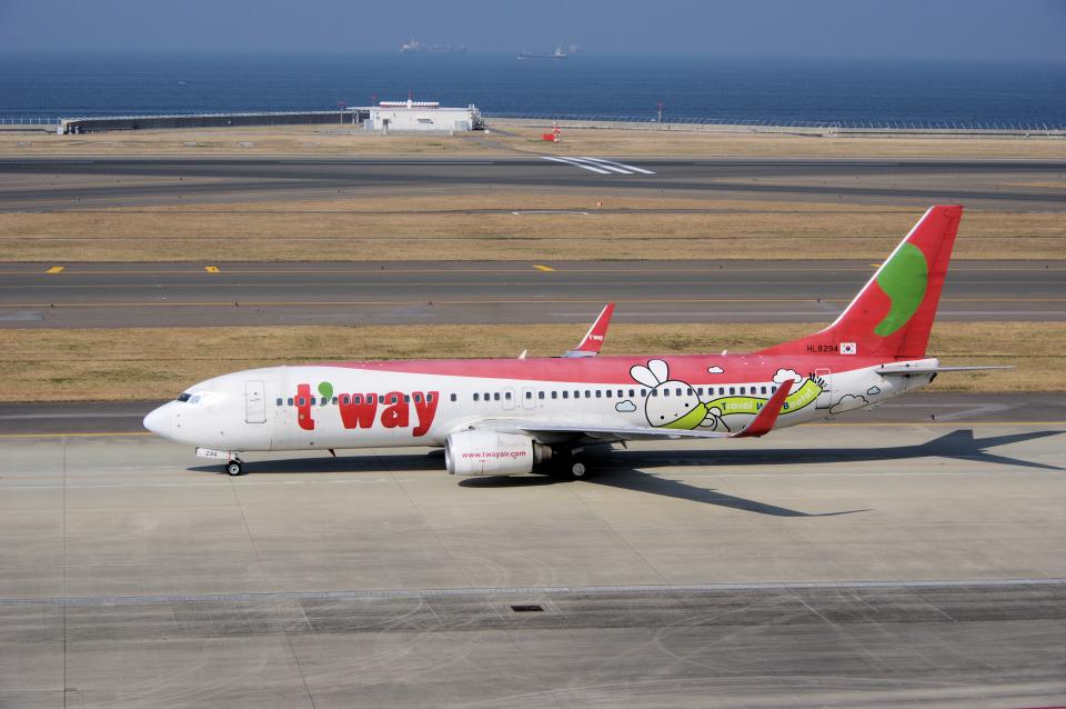 yabyanさんのティーウェイ航空 Boeing 737-800 (HL8294) 航空フォト