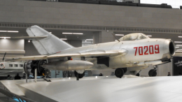 coolinsjpさんが、北京首都国際空港で撮影した中国人民解放軍 海軍の航空フォト(飛行機 写真・画像)