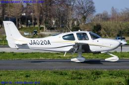 Chofu Spotter Ariaさんが、ホンダエアポートで撮影した日本個人所有 SR20の航空フォト(飛行機 写真・画像)