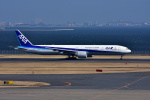 JA8501さんが、羽田空港で撮影した全日空 777-381/ERの航空フォト(写真)