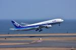 JA8501さんが、羽田空港で撮影した全日空 777-281の航空フォト(写真)