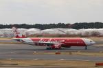 prado120さんが、成田国際空港で撮影したインドネシア・エアアジア・エックス A330-343Xの航空フォト(写真)
