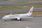 LEGACY-747さんが、羽田空港で撮影した日本航空 737-846の航空フォト(写真)