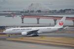 LEGACY-747さんが、羽田空港で撮影した日本航空 777-246の航空フォト(写真)