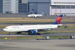 LEGACY-747さんが、羽田空港で撮影したデルタ航空 A330-302の航空フォト(写真)