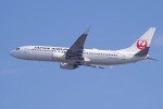 Parsleyさんが、関西国際空港で撮影した日本航空 737-846の航空フォト(飛行機 写真・画像)