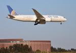 mojioさんが、成田国際空港で撮影したユナイテッド航空 787-8 Dreamlinerの航空フォト(写真)