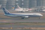 やつはしさんが、羽田空港で撮影した全日空 767-381の航空フォト(飛行機 写真・画像)