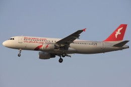 masa707さんが、インディラ・ガンディー国際空港で撮影したエア・アラビア A320-214の航空フォト(飛行機 写真・画像)