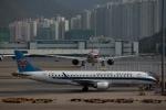 ハピネスさんが、香港国際空港で撮影した中国南方航空 ERJ-190-100 LR (ERJ-190LR)の航空フォト(飛行機 写真・画像)