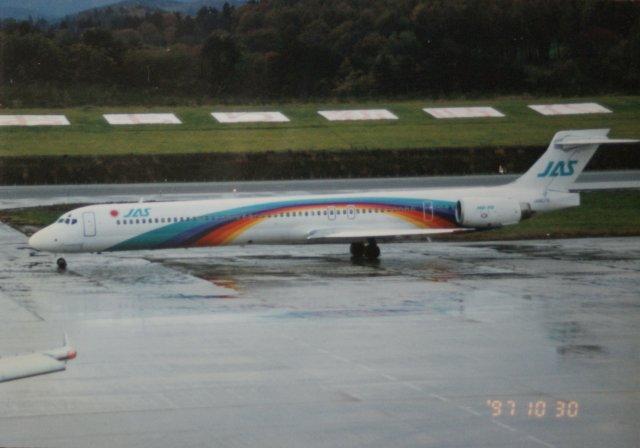 日本エアシステム McDonnell Dou...